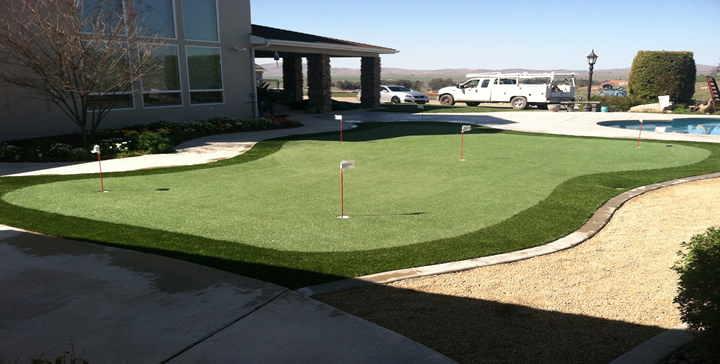 Fresno putting greens, Fresno synthetic grass